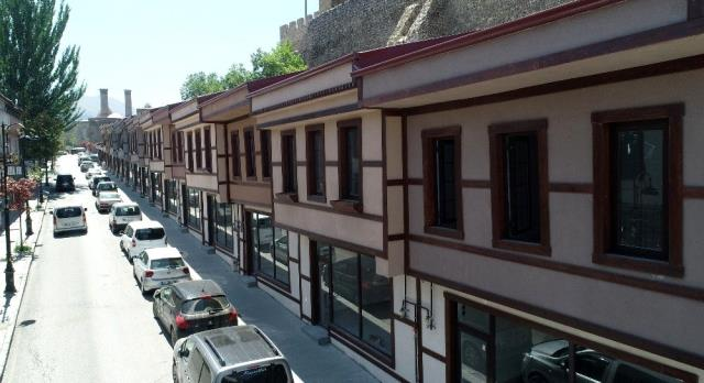 Erzurum'un Tarihi Batpazarı da canlandı