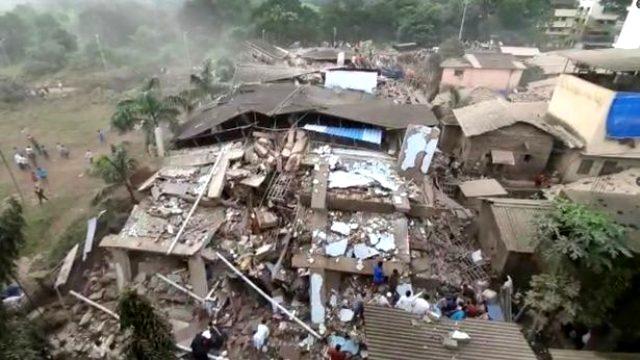 Son Dakika: Hindistan'da bina çöktü! En az 90 kişi enkaz altında kalmış olabilir