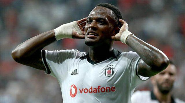 Sergen Yalçın, kritik maç öncesi Larin ile özel görüştü: Senden özveri bekliyorum