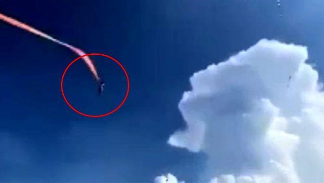3 yaşındaki çocuk, uçurtmanın boynuna dolanmasıyla metrelerce havaya yükseldi