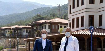 Hayri Baraçlı: Baraçlı'dan Yunusemre Belediyesinin projelerine tam not