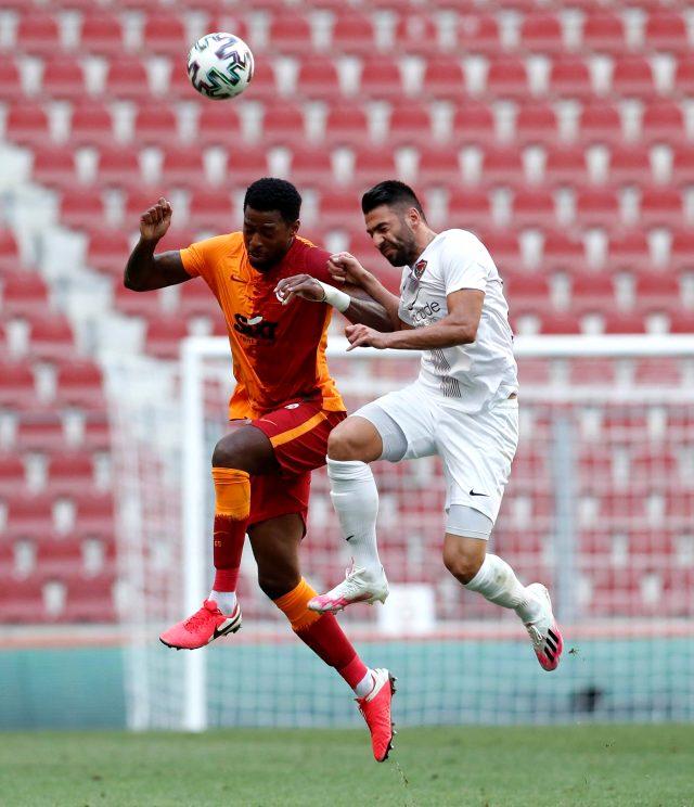 Galatasaray, Arda Turan'ın 9 yıl sonra Türk Telekom Stadyumu'nda gol attığı maçta Hatayspor ile 1-1 berabere kaldı