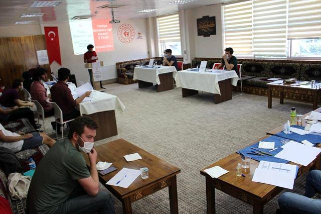 GTÜ öğrencileri Kocaeli'yi temsil edecek