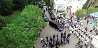 Ruhsar Pekcan: Pekcan: '(İzmir Enternasyonal Fuarı) Olumsuz şartlara rağmen bu köklü geleneğe ara vermeye gönlümüz...