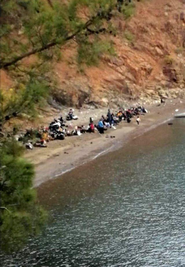 Son dakika haberleri | Antalya'da arıza yapan tur teknesindeki 190 düzensiz göçmen yakalandı