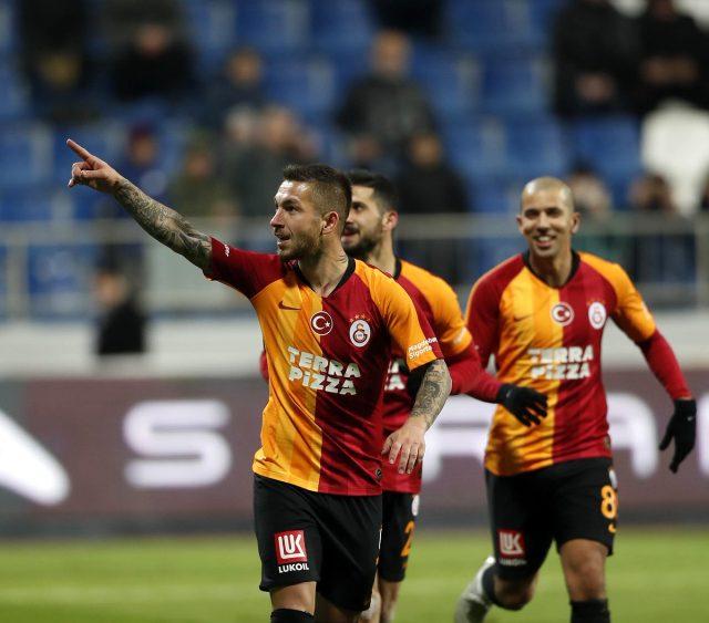 Ayrılmak istediğini Fatih Terim'e söyleyen Adem Büyük, eski takımı Yeni Malatyaspor'la anlaştı