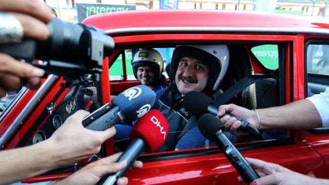 Bakan Varank, F1 pistinde tehlike atlattı! Frene fazla basınca pistten çıktı