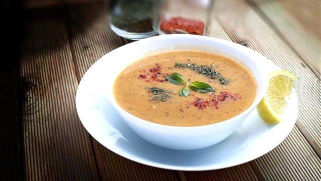 Ezogelin çorbası tarifi | Ezogelin tarifi, ezogelin çorbası nasıl yapılır? Ezogelin çorbası malzemeleri nelerdir? Ezogelin hangi yöreye ait?