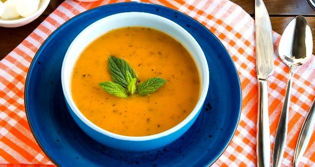 MasterChef yemekleri! En güzel Ezogelin çorbası tarifi! Ezogelin çorbası nasıl yapılır? Ezogelin çorbası nedir? Ezo Gelin kimdir?