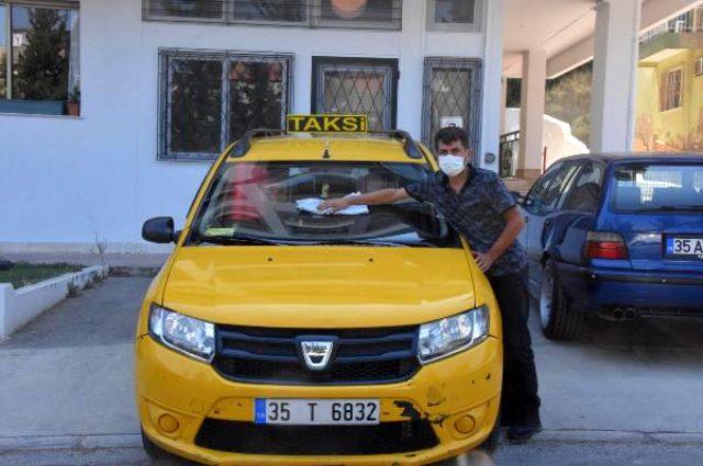 Takside unuttuğu 1 milyon lira değerindeki altını kendisine ulaştıran şoförü boş çevirmedi
