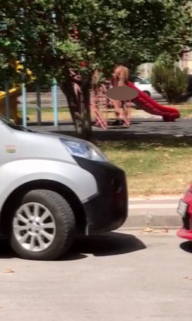 Sivas'ta çocuk parkında çırılçıplak gezen şahıs, mahalleliyi isyan ettirdi