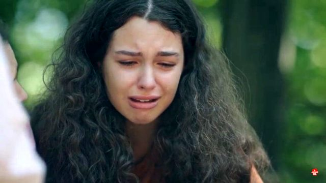 Genç oyuncu Su Burcu Yazgı Coşkun, Kırmızı Oda'daki performansıyla tam not aldı