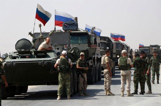 Kamışlı'daki askeri varlığını güçlendiren Rusya, Türkiye sınırına yığınak yaptı