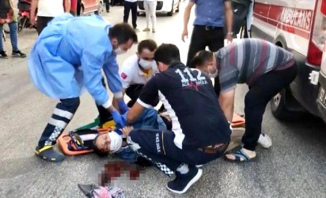 Kamyonetin kadına çarptığı kaza anı kamerada