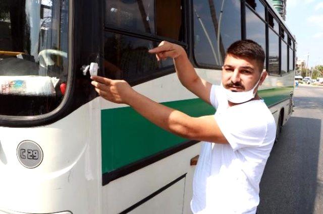 Yanlış park uyarısı yapan otobüs şoförüne darp kamerada