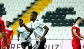 İlk yarı Beşiktaş'ın 1-0 üstünlüğüyle bitti