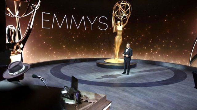 Koronavirüs gölgesinde tören! 72. Emmy Ödülleri sahiplerini buldu