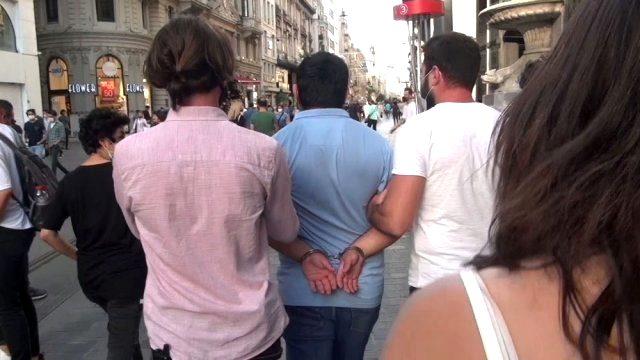 Taksim'de genç kadını taciz eden kişi hakkında yakalama kararı çıkarıldı