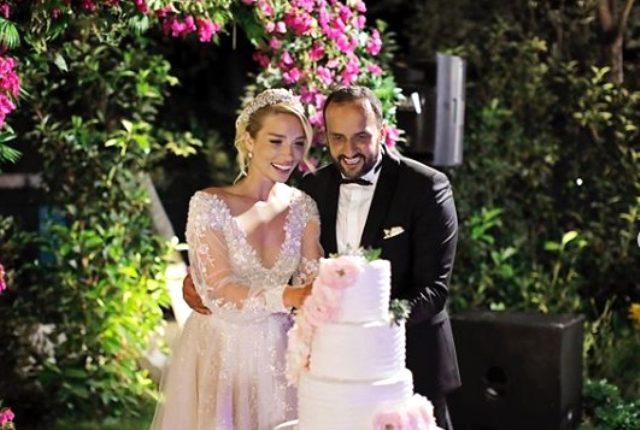 TV8'deki kampanyanın sunucusu kimdir? Cansu Canan Özgen nereli, kaç yaşında? Cansu Canan Özgen eşi kim?