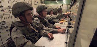Volgograd: Askeri Tatbikatı'nda katılımcı askerlere hava savunma sistemleri anlatıldı
