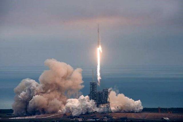 Turksat 5a Uydusunu Spacex Uzaya Gönderecek