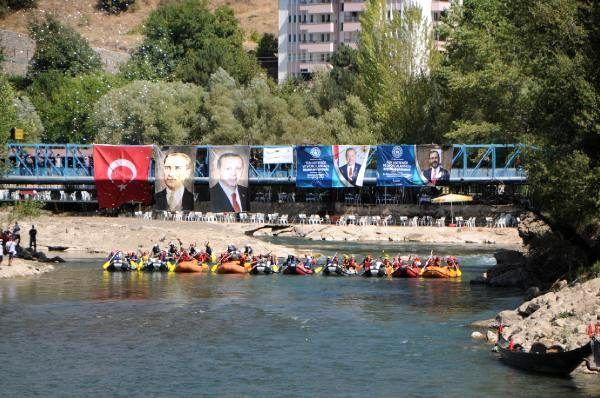 Tunceli'de, 'Avrupa Hareketlilik Haftası'nda rafting yarışması düzenlendi