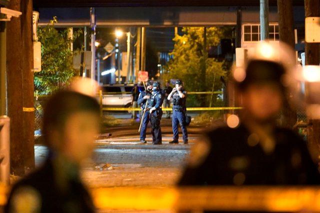 ABD'de Taylor davasından çıkan sonuca karşı başlayan protestolarda bir polis vuruldu