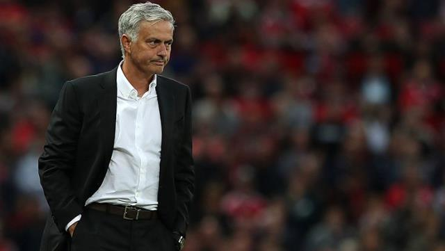 Jose Mourinho, kendisiyle ölen babası için fotoğraf çektirmek isteyen gazeteciyi kırmadı