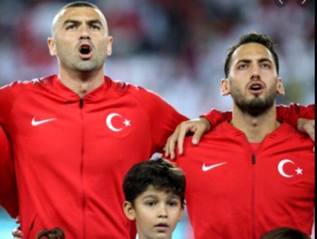 Burak Yılmaz, lüks villasını Hakan Çalhanoğlu'na 14 milyon euroya sattı