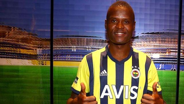 Fenerbahçe'nin Samatta paylaşımındaki 'Admin adam' detayı taraftarın dikkatinden kaçmadı