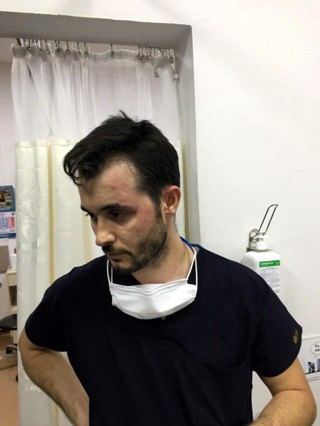 Sağlık çalışanı, hasta ve yakınlarının tekme, tokat ve makaslı saldırısına uğradı