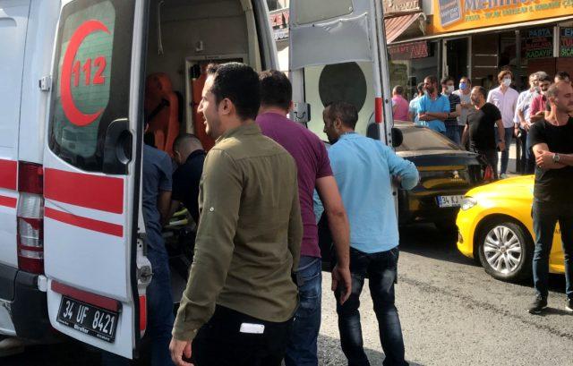 Taksi durağında çıkan kavgada silahlar konuştu: 2'si ağır 3 yaralı