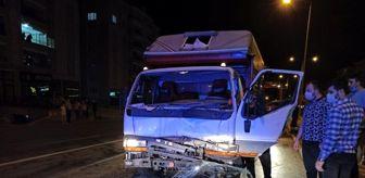 Sungurlu: Çorum'da kamyonet traktörle çarpıştı: 1 yaralı