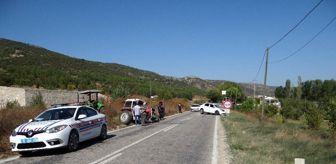 Vezirhan: Traktörle otomobil kafa kafaya çarpıştı: 2 yaralı