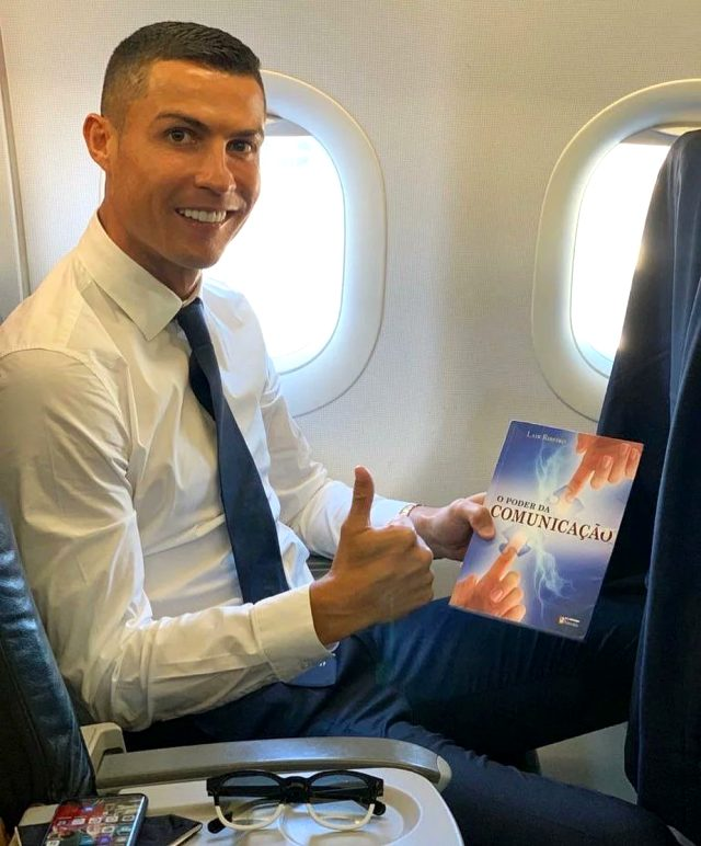 İBB'nin Twitter hesabı Ronaldo'nun montaj yapılmış fotoğrafını paylaştı