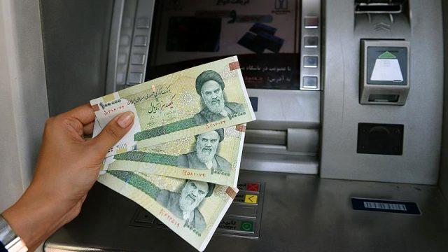 İran'da dolar ve euro tarihi rekor kırdı