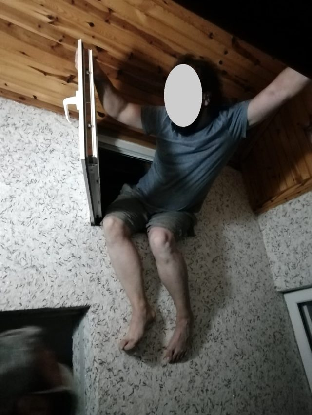 4 FETÖ zanlısı saklandıkları çatıda yakalandı