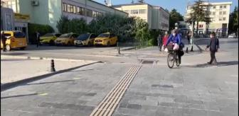 İhsan Kılıç: Yetimlere dikkati çekmek için bisiklet turuna çıkan İHH gönüllüsü Niğde'ye geldi