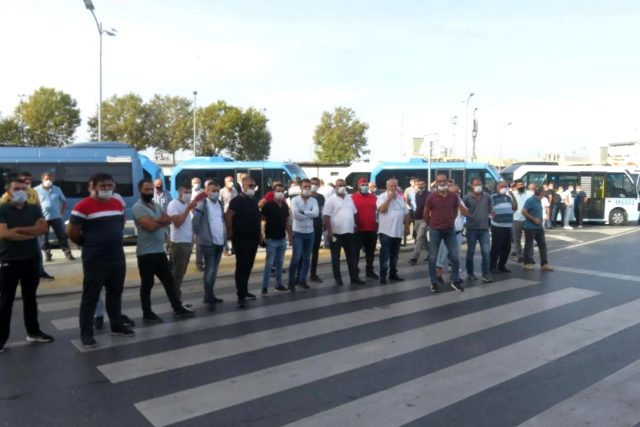 İBB binasına protesto için giden minibüsçüleri polis ekipleri durdurdu
