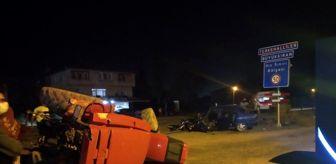 Bartın: Otomobil traktörle çarpıştı: 3 yaralı