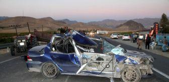 Fethi Sekin: Römorka çarpan otomobil hurdaya döndü: 1 ağır yaralı