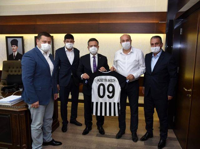 Nazilli Belediyespor ve Başkan Özcan'dan Vali Aksoy'a ziyaret