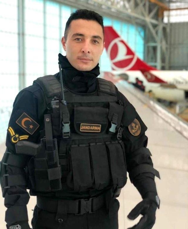 Ağrı'da teröristlerle çıkan çatışmada 1 askerimiz şehit oldu, 1 askerimiz yaralandı