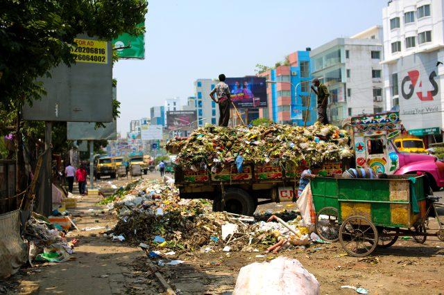 Bangledeş nerededir? Bangladeş nüfusu kaçtır? Bangladeş başkenti neresidir? Bangladeş para birimi nedir?