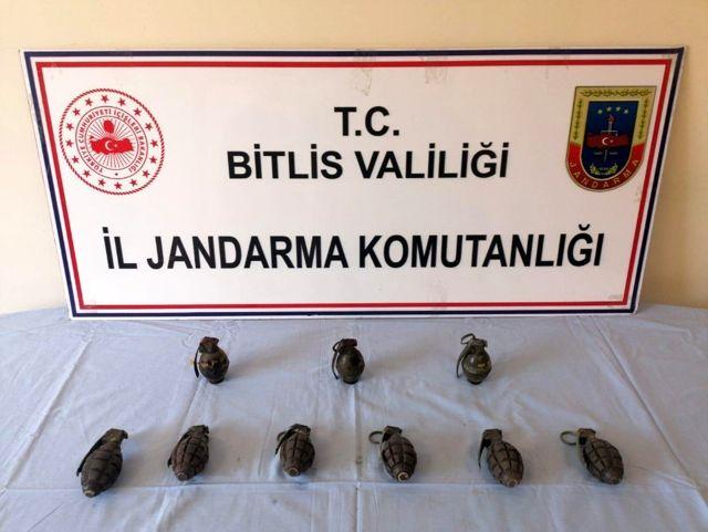 Son dakika! Bitlis'te terör örgütüne ait 9 adet el bombası ele geçirildi