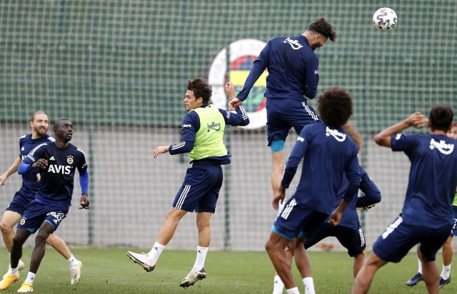 Kemal Ademi, Ronaldo'ya meydan okudu: Hazır olduğumda ondan daha yükseğe sıçrayabilirim
