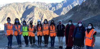 İspir: Su altında kalacak Yusufeli'nin yeniden inşasına kadın eli