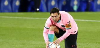 Josep Guardiola: Manchester City, Messi için Barcelona'ya 15 milyon sterlin teklif edecek