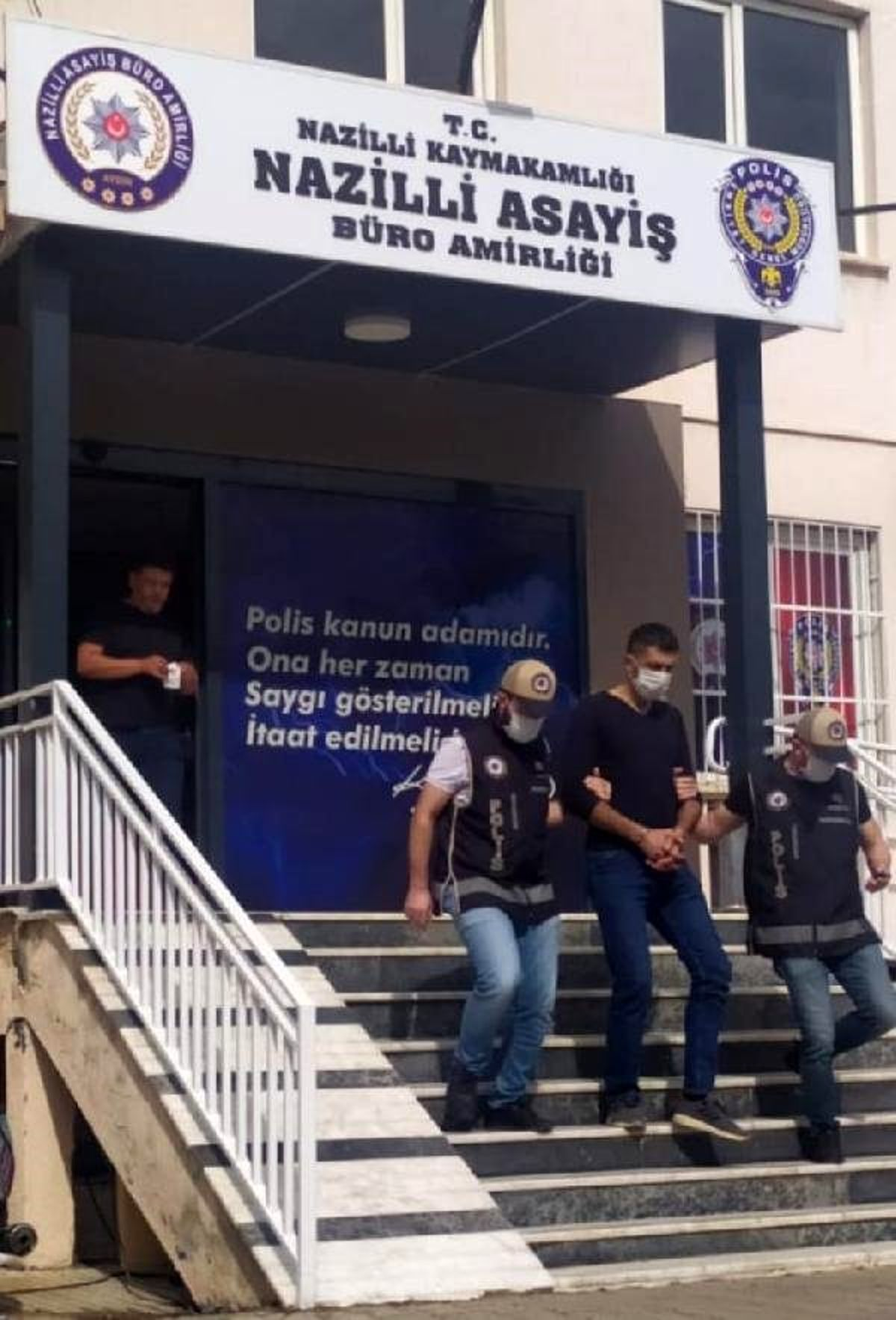 Son dakika haberleri: 2 kişiyi yaralayıp kaçan saldırgan tutuklandı