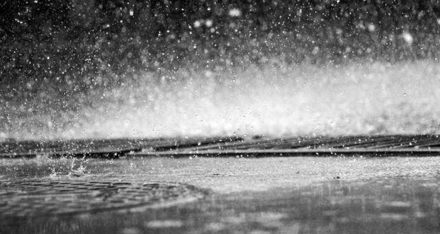 Rüyada yağmurda ıslanmak ne anlama gelir? Rüyada yağmur yağdığını görmek neye işarettir? Rüyada yağmurda sırılsıklam ıslanmak ne anlama gelir?